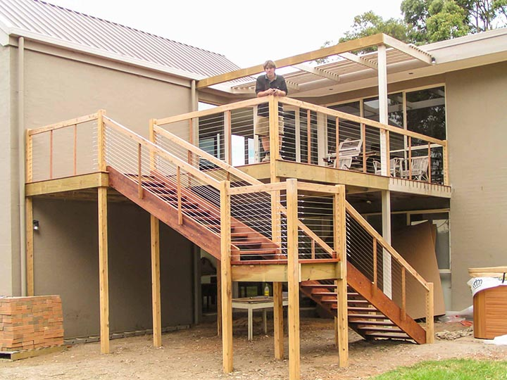 outdoor living stairs balustrade
